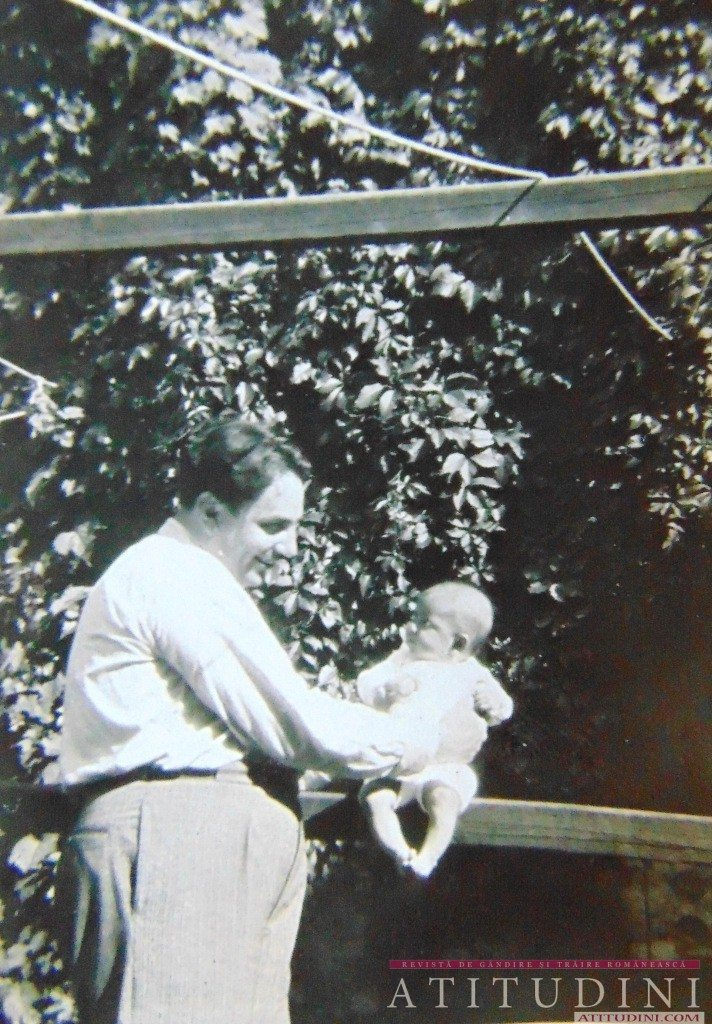Marturisitorul Mircea Vulcanescu cu fiica sa cea mica