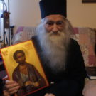 Parintele Justin Parvu cu icoana Sf. Justin